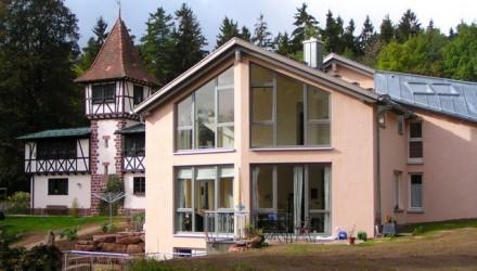 Neubau Mehrfamilien-Wohnhaus